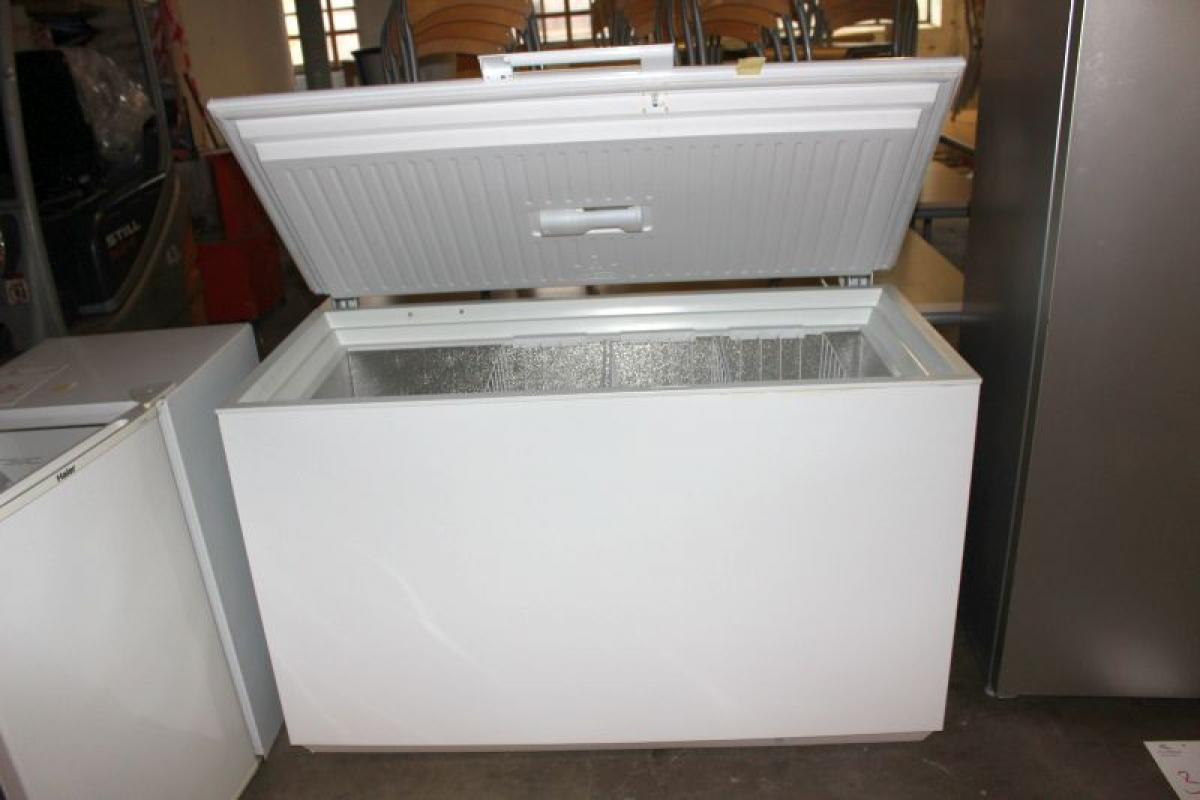 chest-freezer-for-commercial-use