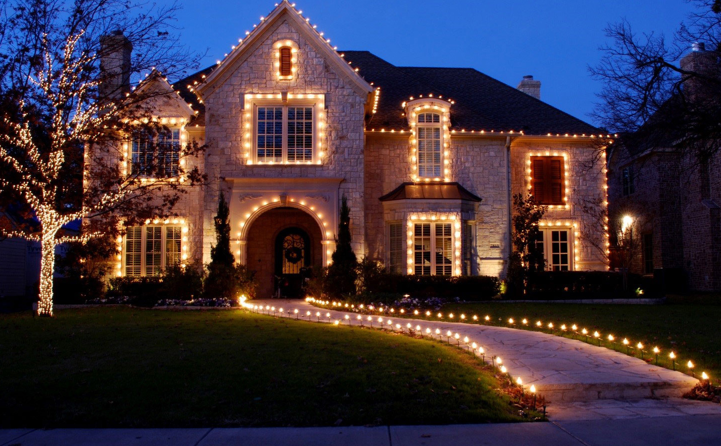 holiday lighting installation near me
